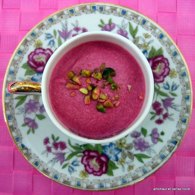 Velout de betterave artichaut et cerise noire - Soupe betterave thermomix ...