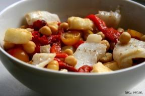 Salade de pois chiches à la morue et aux poivrons grillés