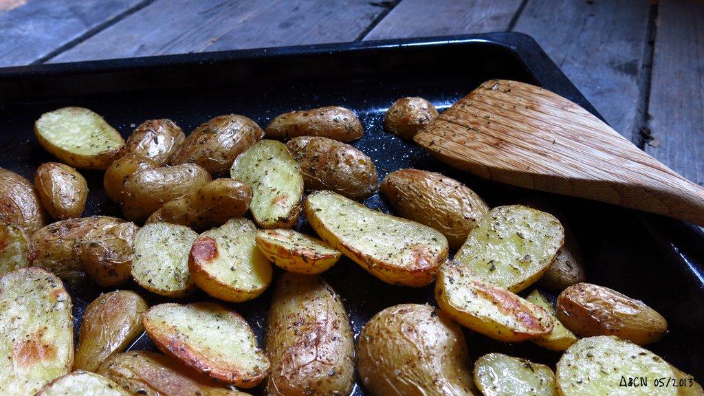 Pommes de terre primeurs au four - Cuisiner des pommes de terre nouvelles ...