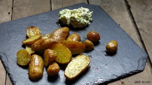 Pommes de terre primeurs au four