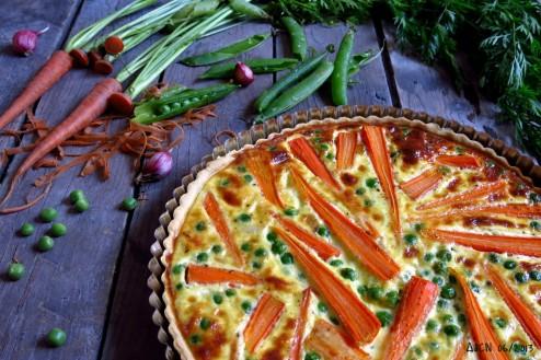 Tarte aux carottes et petits pois nouveaux