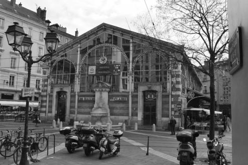 halles-de-grenoble-facade
