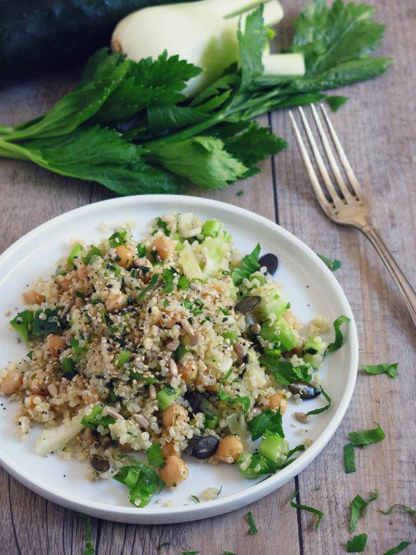 salade-de-quinoa-crudites-et-pois-chiche