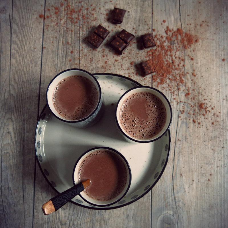 mon chocolat chaud au chai artichaut et cerise noire. Black Bedroom Furniture Sets. Home Design Ideas