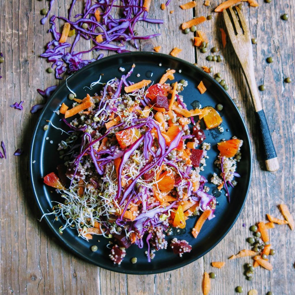 salade gourmande et colorée