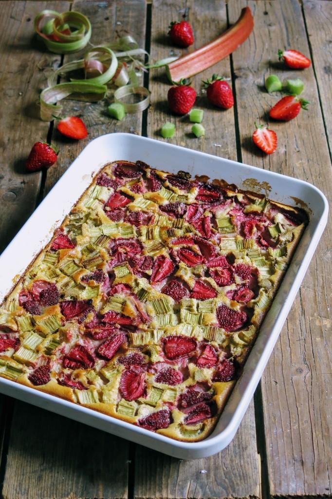 Clafoutis fraise rhubarbe